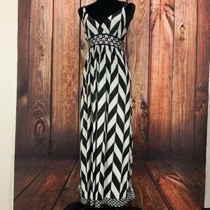 Studio West Apparrel Black & White Maxi Dress M